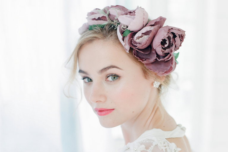 4 Tips to Buy Hair Wedding Accessories