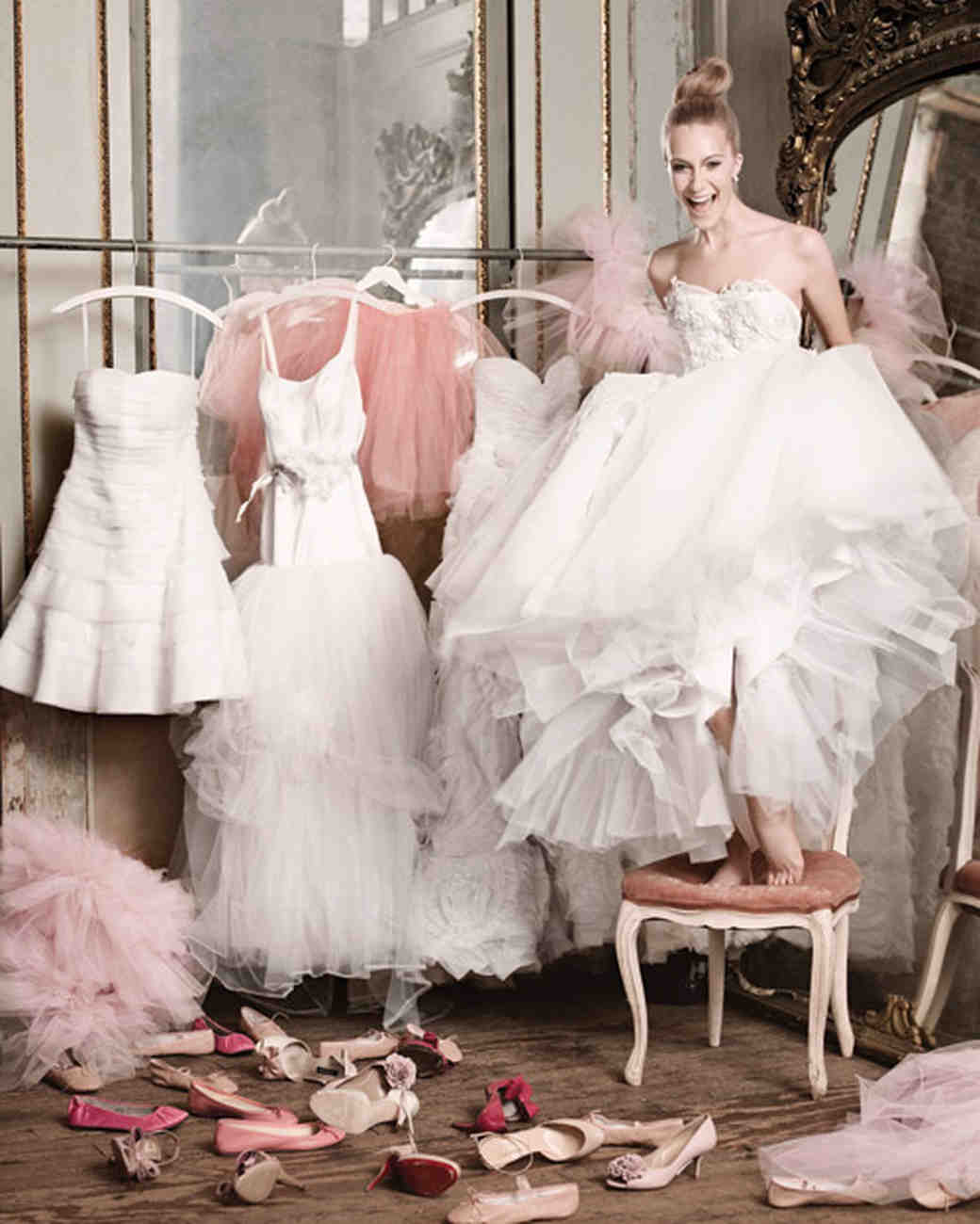 tips-to-avoid-frustration-while-shopping-for-your-bridal-dress