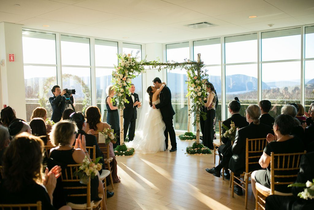 Best Wedding Planning Tips and Tricks from Newlyweds
